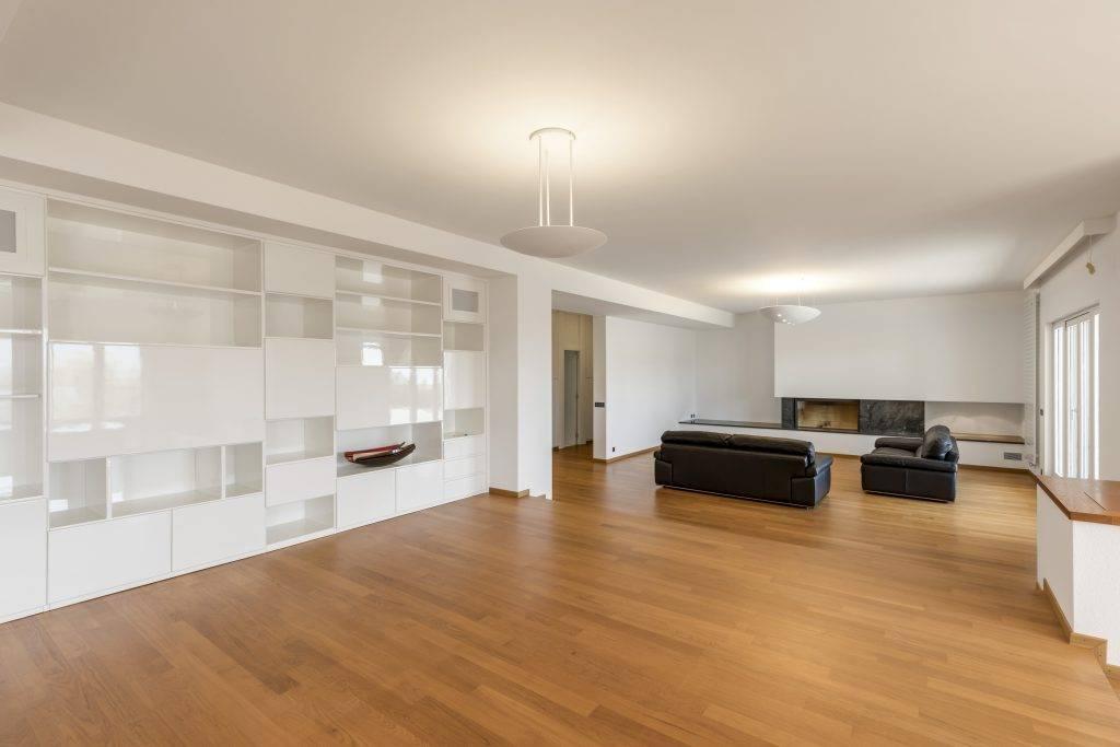 Home staging virtuel salon vide