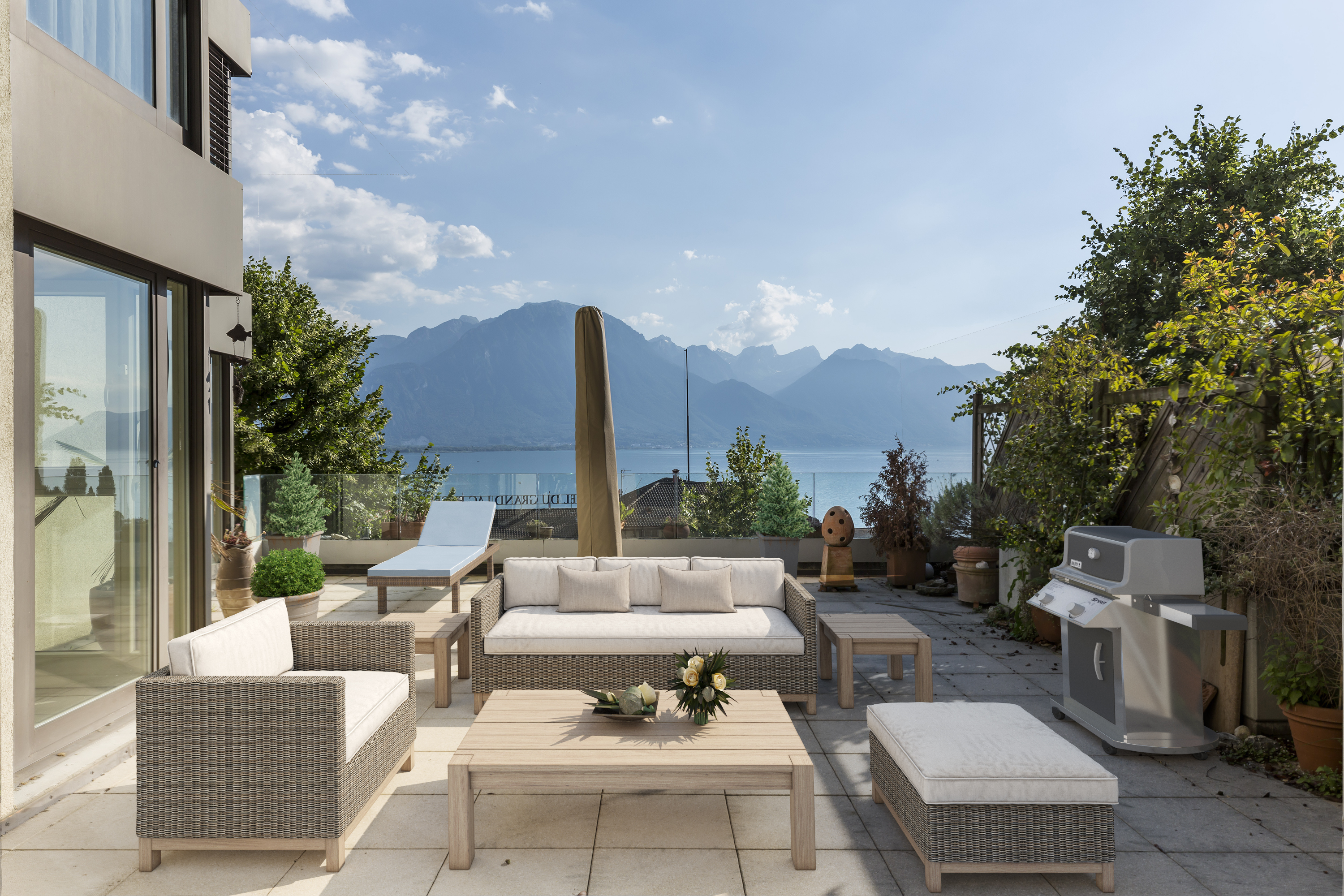 Home staging virtuel terrasse vide