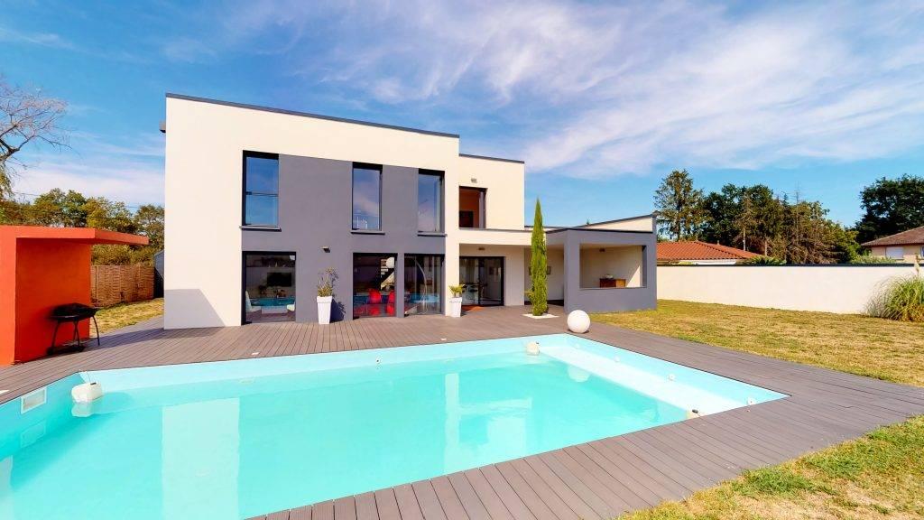 Maison-Villefranche-sur-Saone-184-m2-Piscine (1)